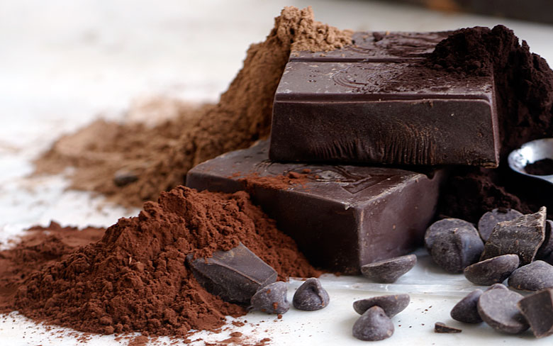 dark_chocolate_chunks_with_cocoa_powder