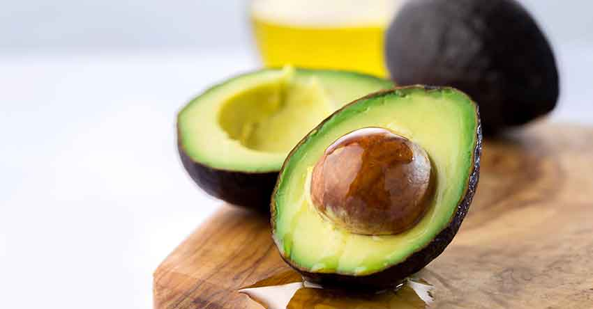 healthy_fats_avocado_sliced