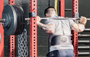 man_squat_rack_lift